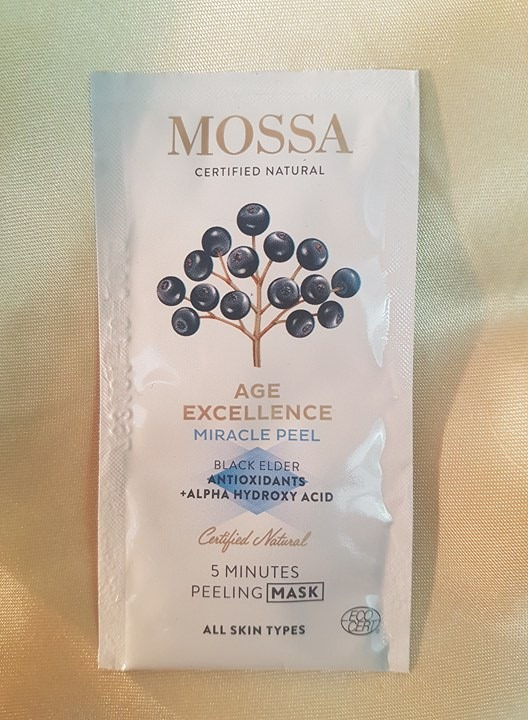 Mossa certified natural face mask