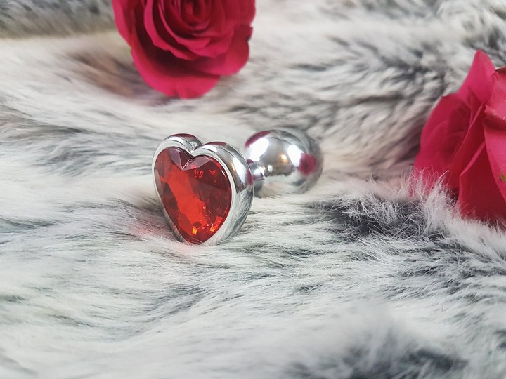 jewel heart butt plug