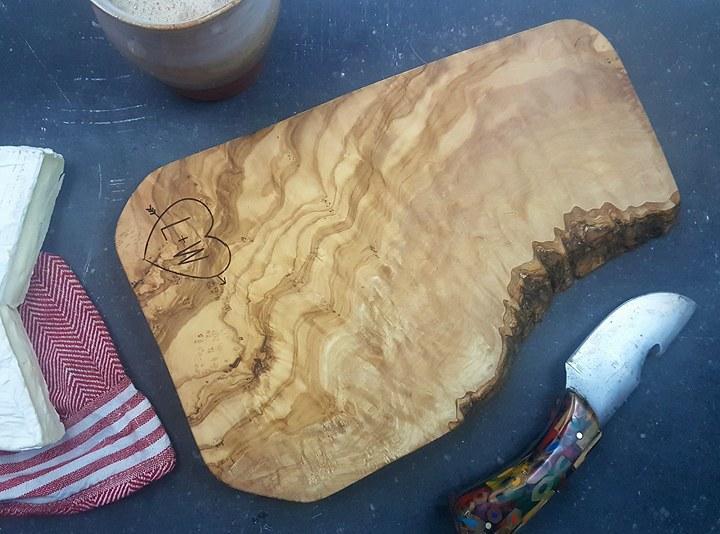 BarkAndBirch handmade chopping board