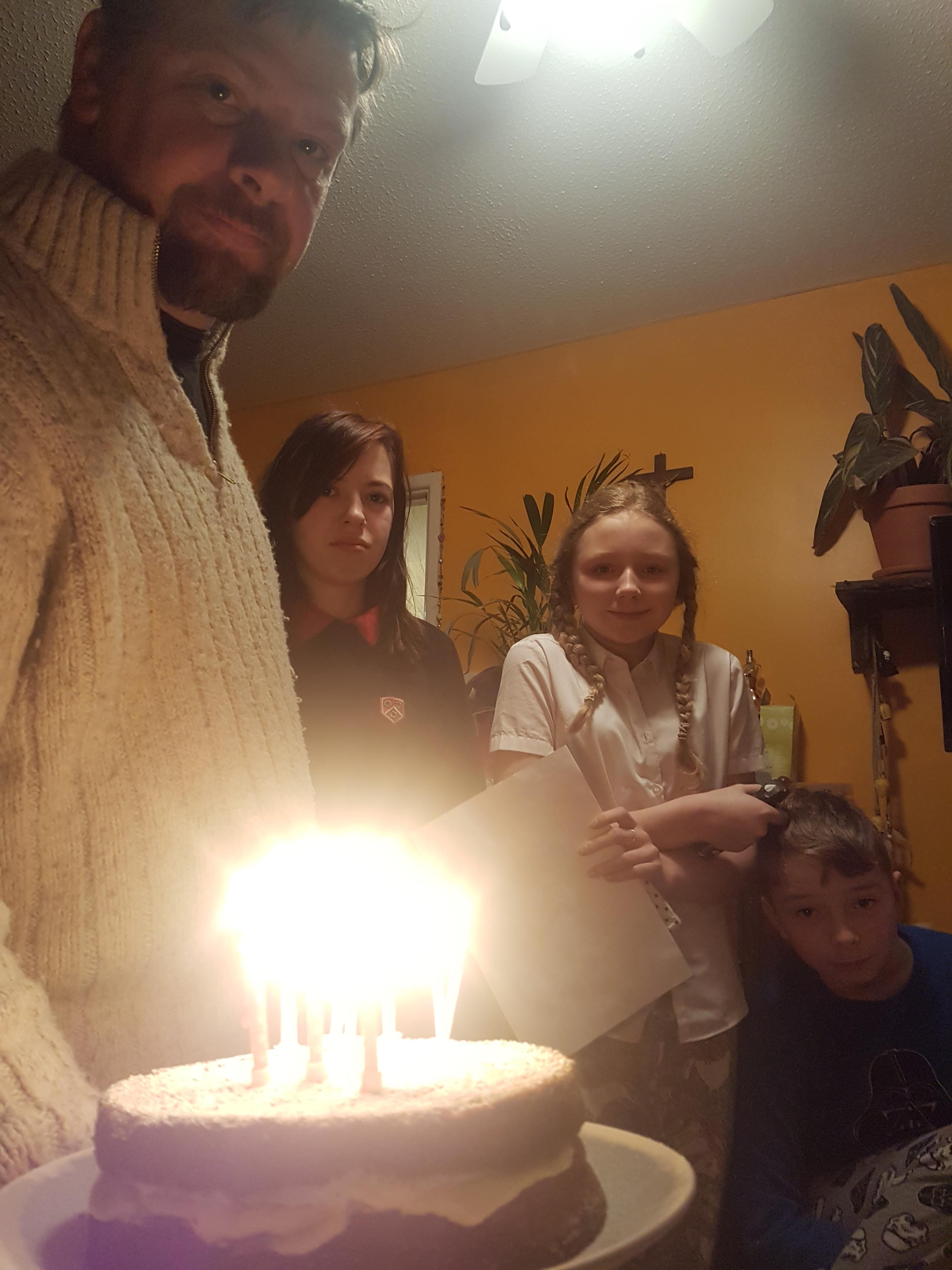 birthday cake wake up