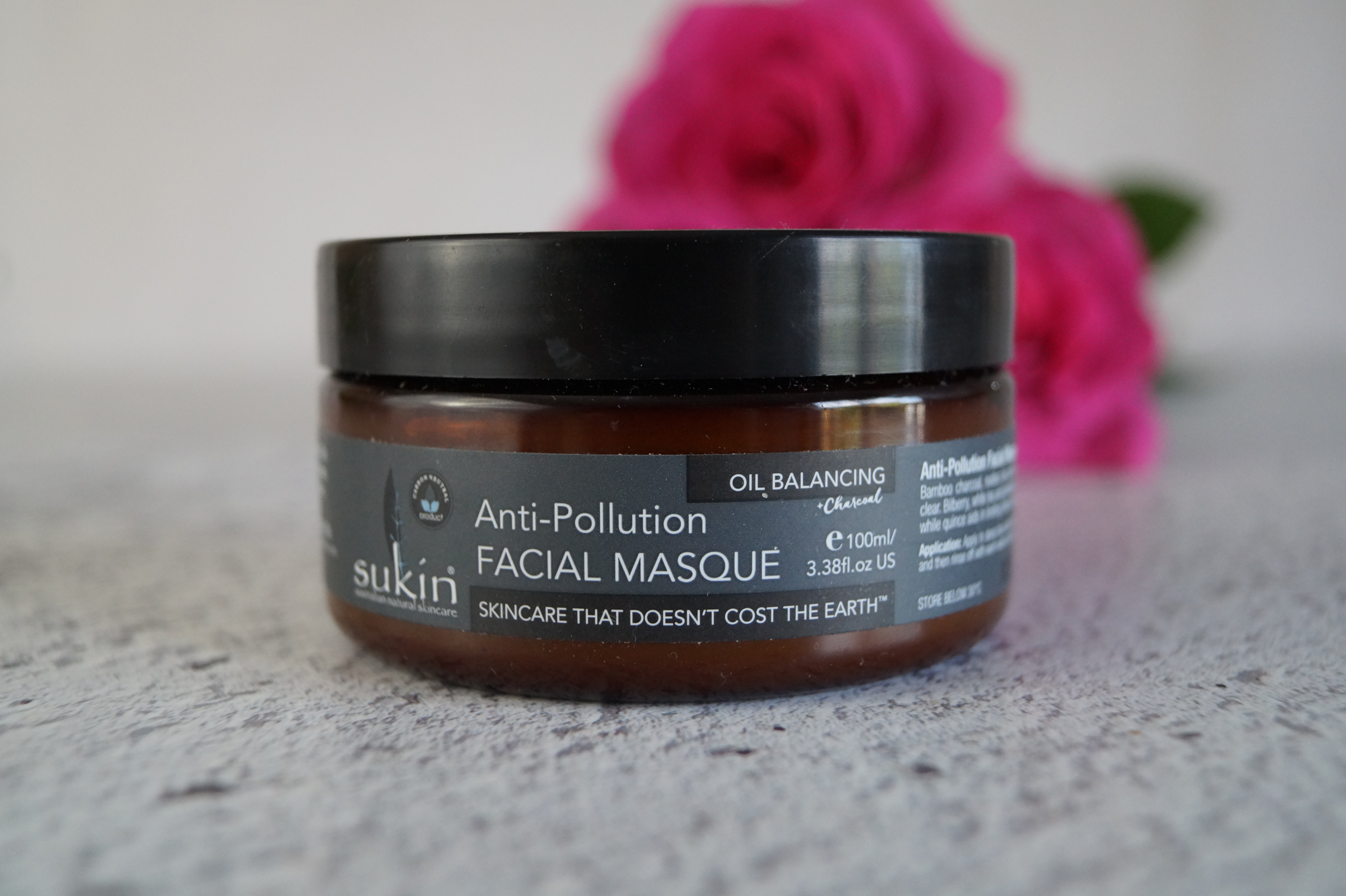 Sukin Anti-Pollution face mask