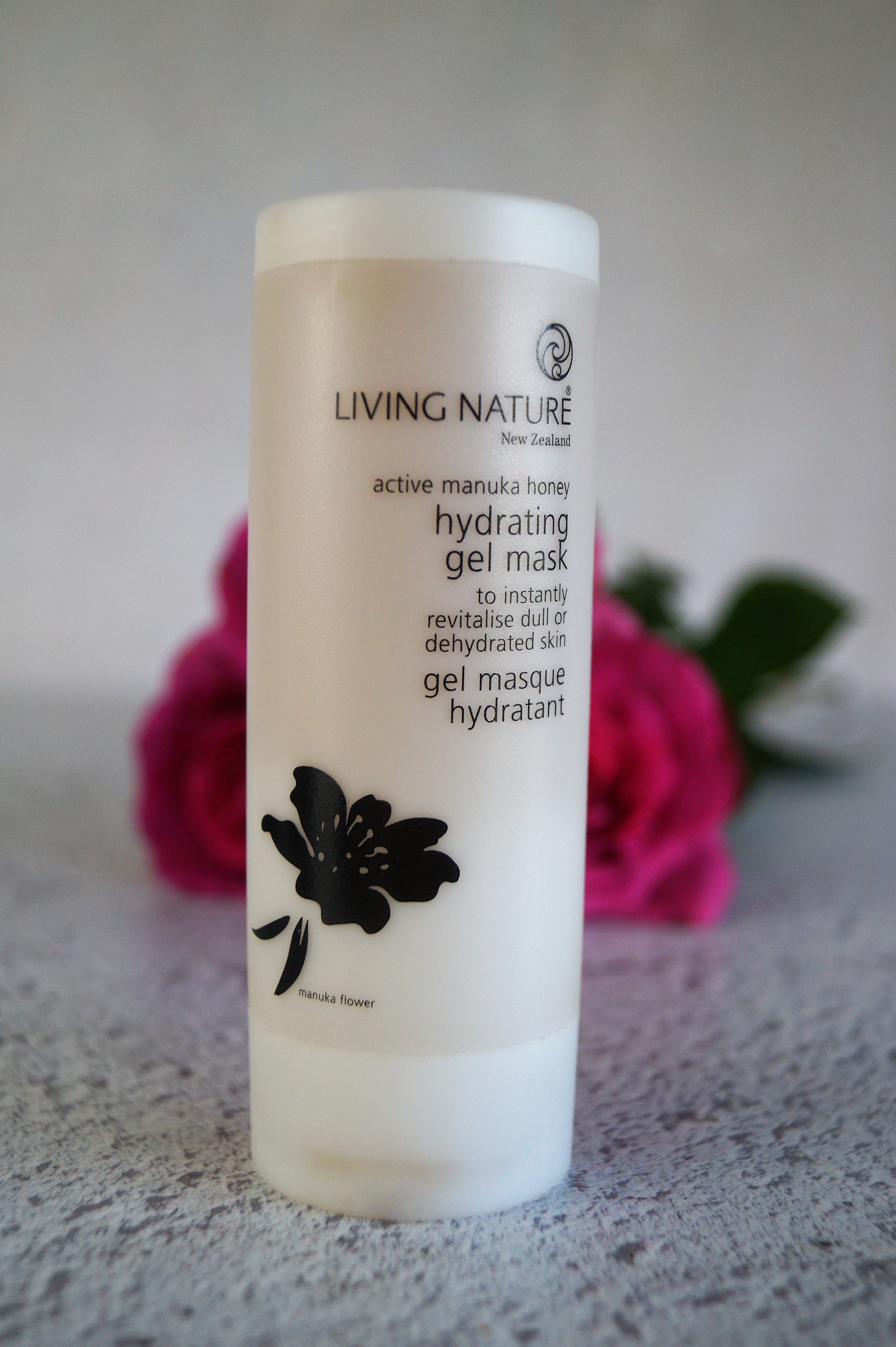 Living Nature Manuka Honey gel mask
