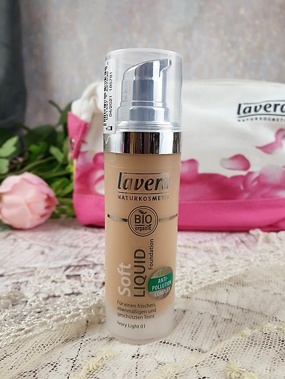 Lavera Soft Liquid Foundation