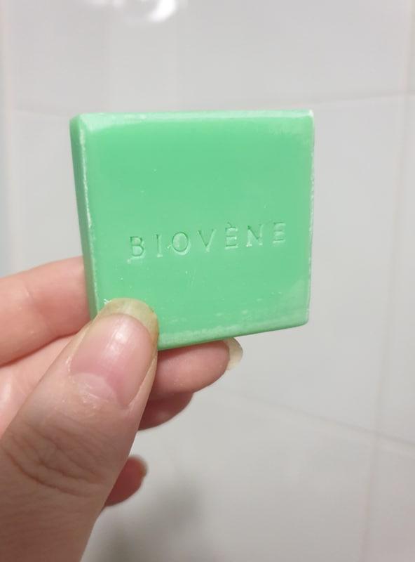Biovène Barcelona Moisture Volume - Biotin & Apple Cider- Shampoo In-A-Bar