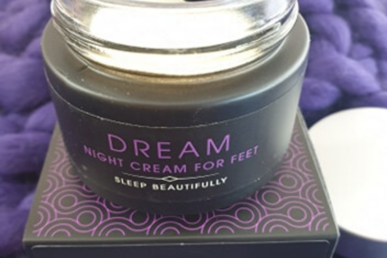 DREAM Night Cream For Feet by Kiss The Moon