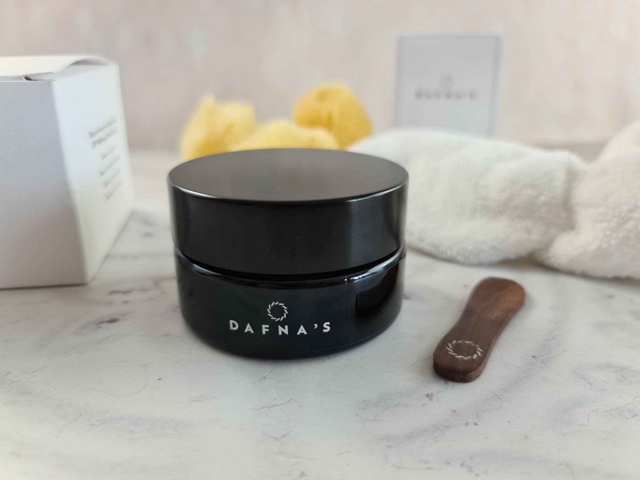 Dafna's Skincare Detoxify Mask & Exfoliation review