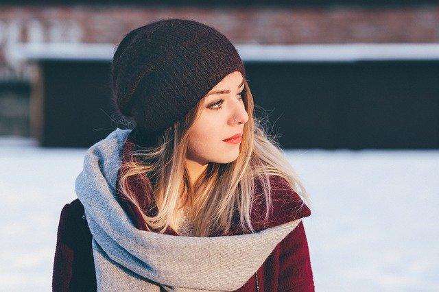 elegant scarf fashion model winter