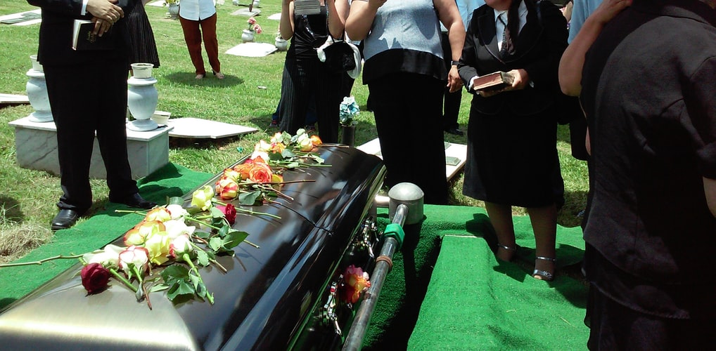 talking to a child about death - funeral